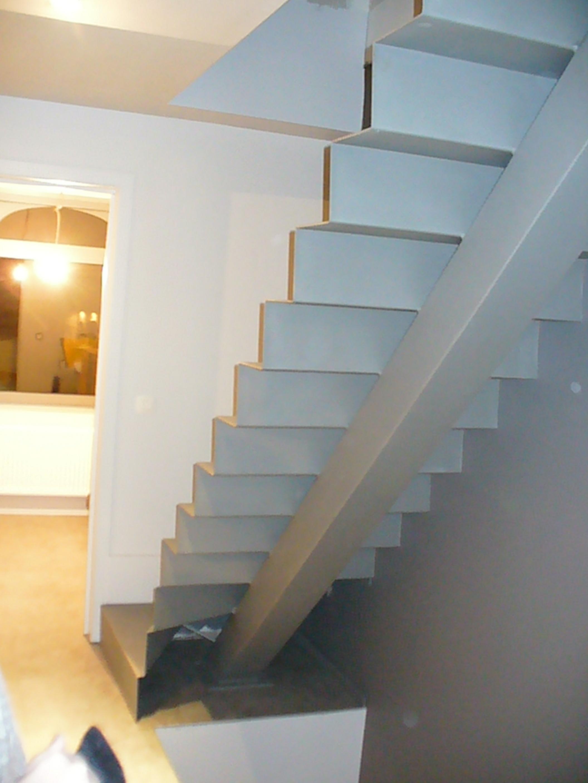 Realisaties vf construct - Moderne trap kwartslag ...